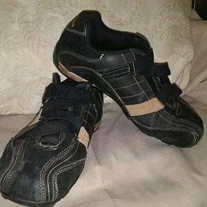Perry Ellis strapple sneaker slip on size 10